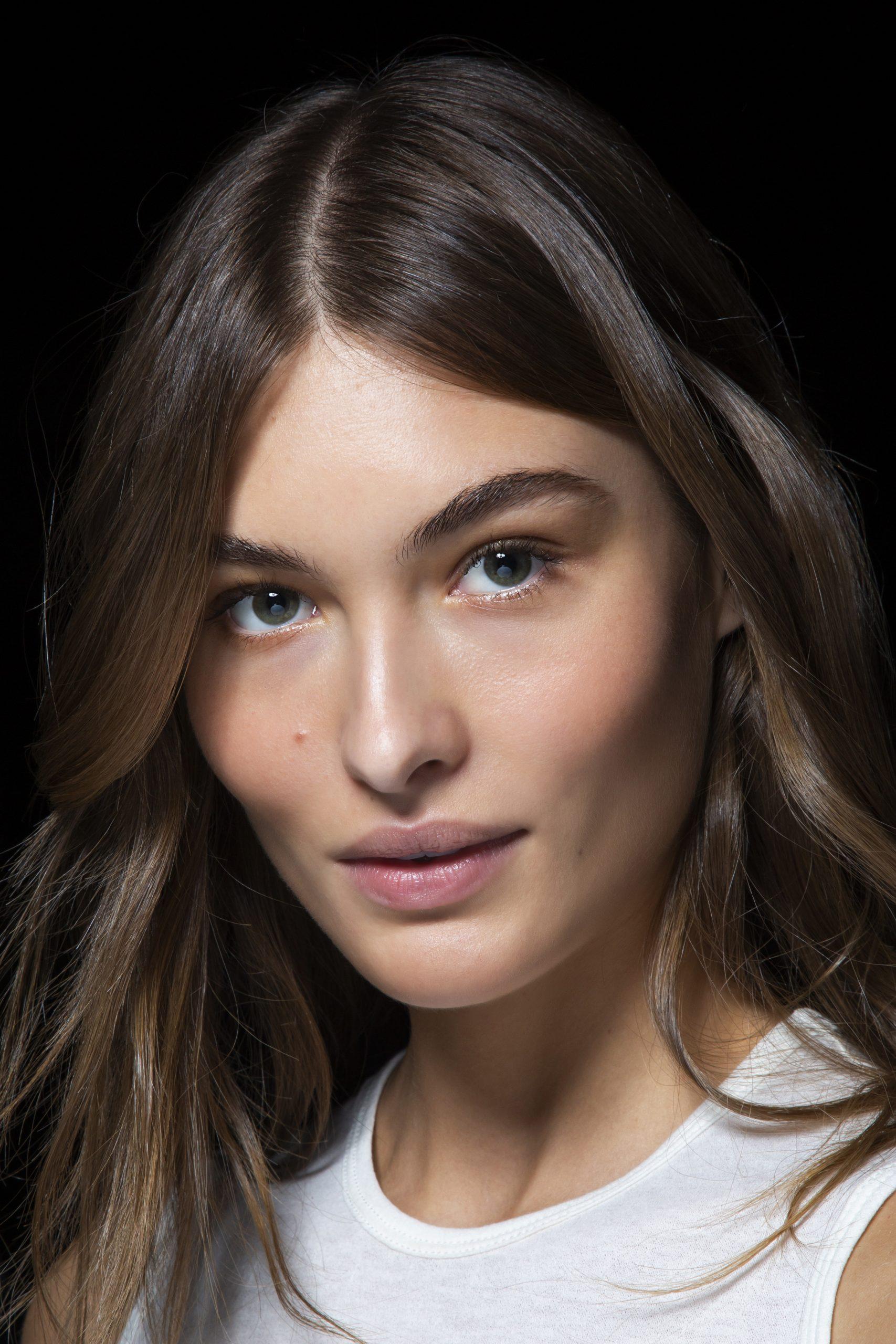 ¿Qué beneficios tienen sobre el rostro los tratamientos con luz LED?