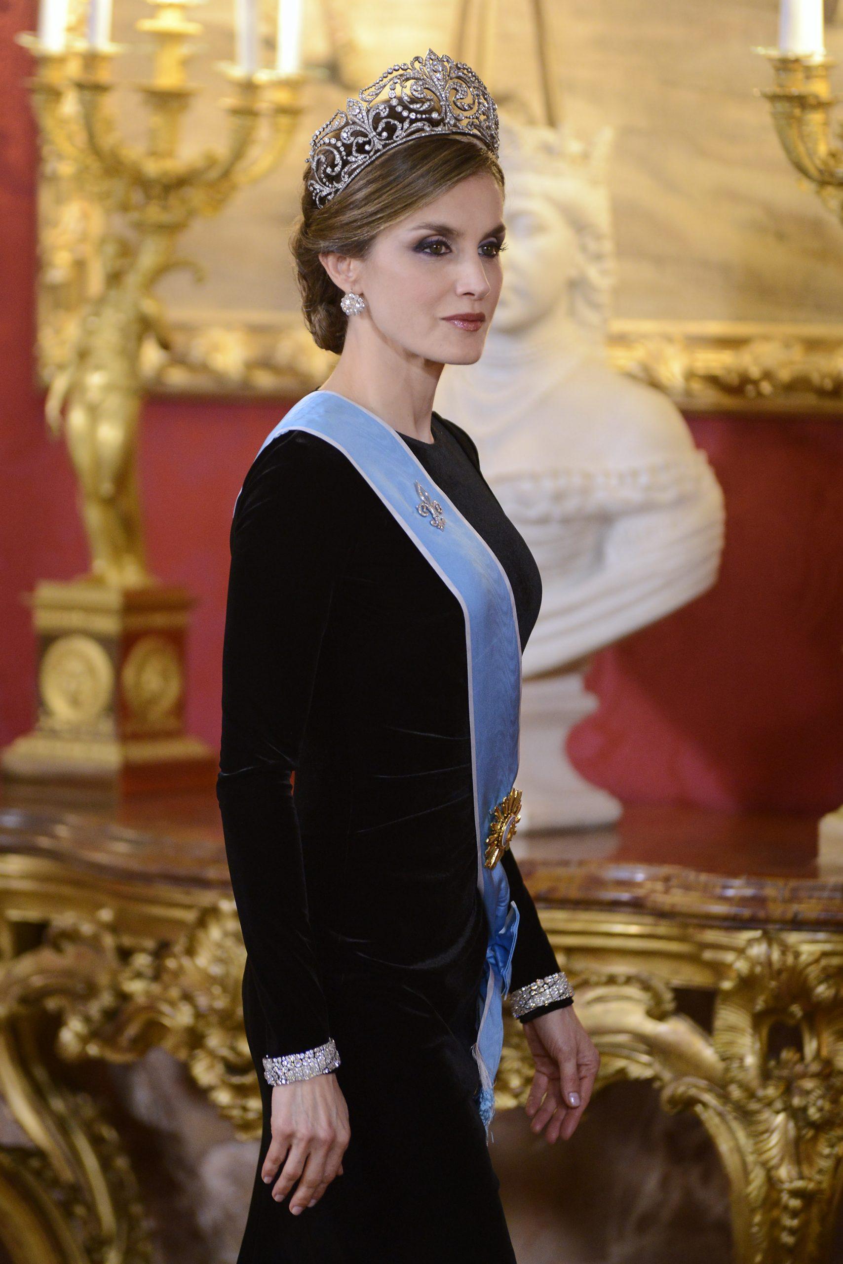 La historia detrás de la tiara más cara de la Casa Real española, la Flor de Lis