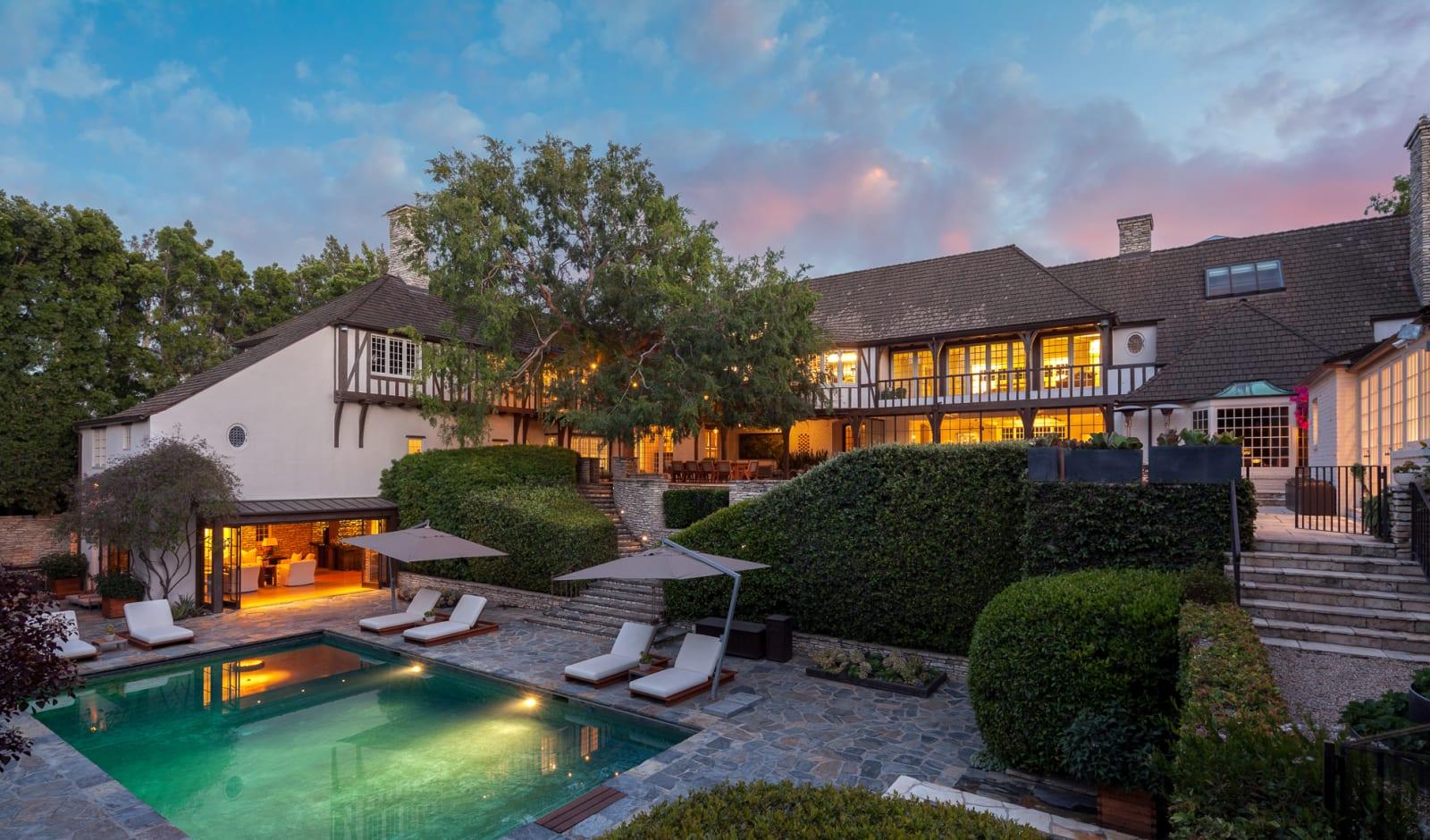 Se vende la mansión de Jennifer Aniston y Brad Pitt (Hilton & Hyland)