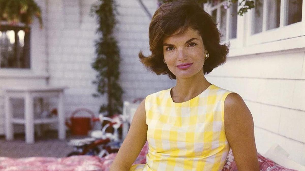 Así era la estricta rutina de belleza de Jackie Kennedy revelada por su dermatólogo