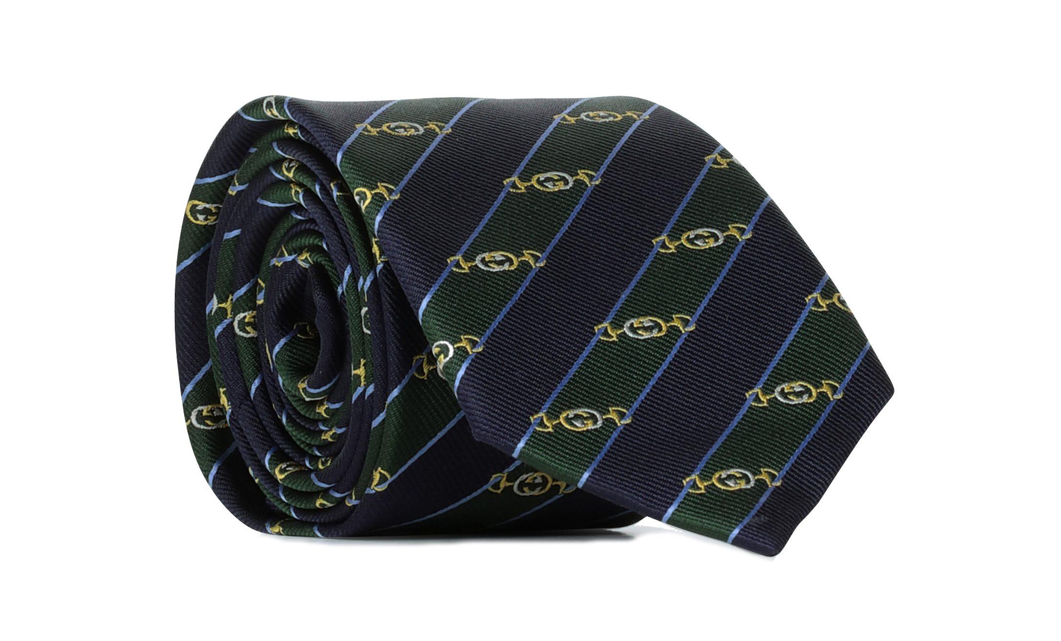 accesorios de hombre: la corbata.