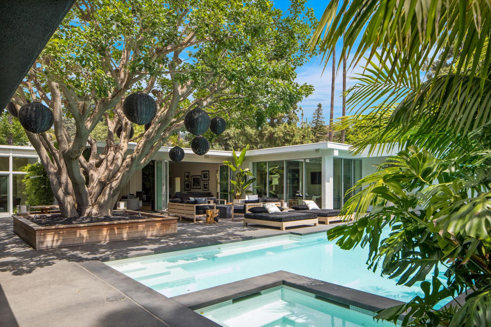 Vista de la piscina de Cindy Crawford. / Foto: Oasisonlomavista