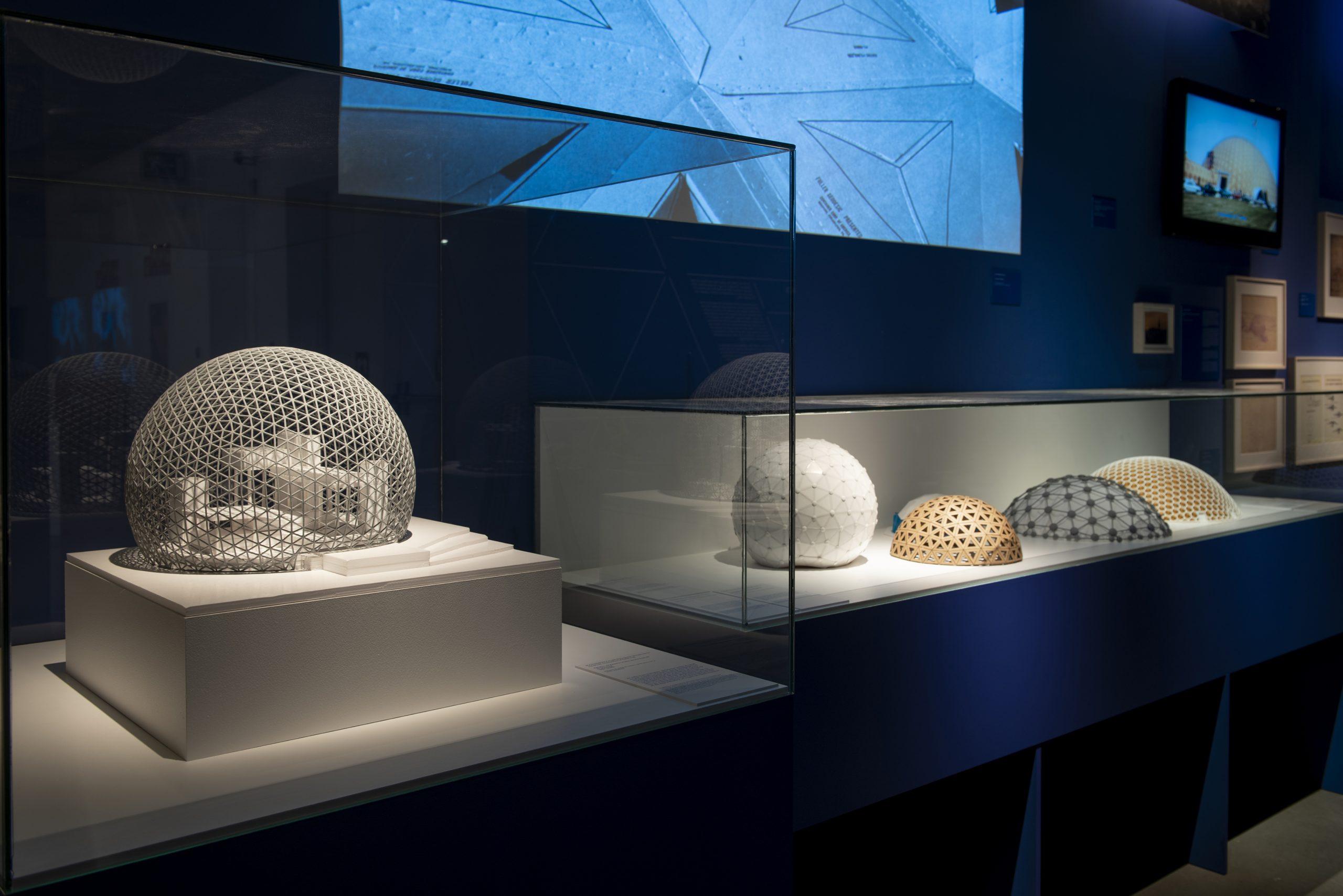 Exposición Buckminster Fuller