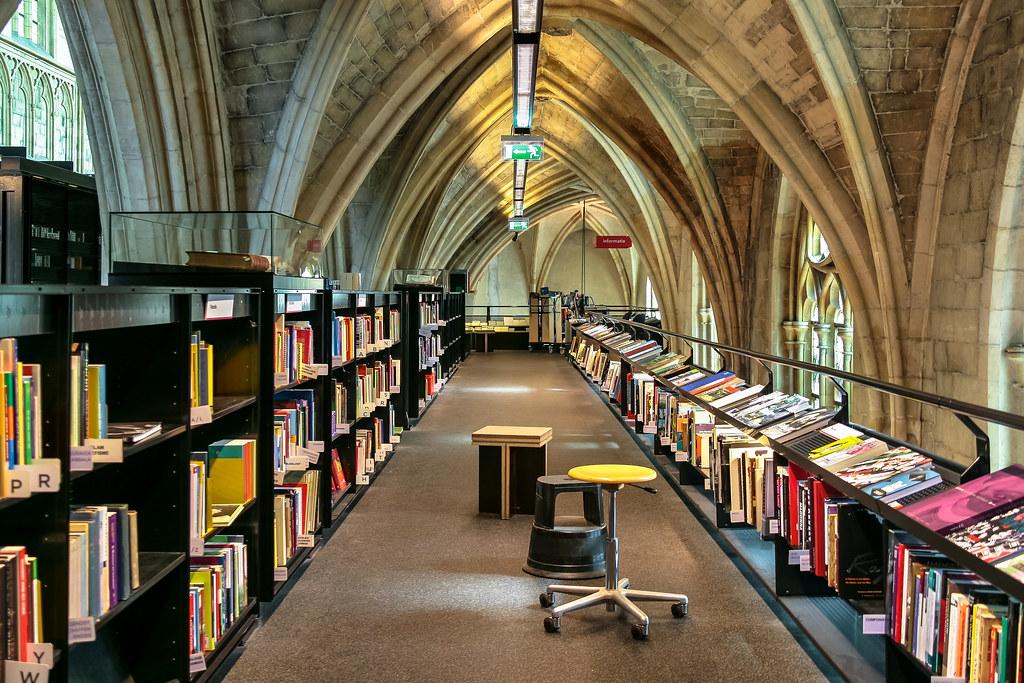 Bibliotecas y librerías para perderse