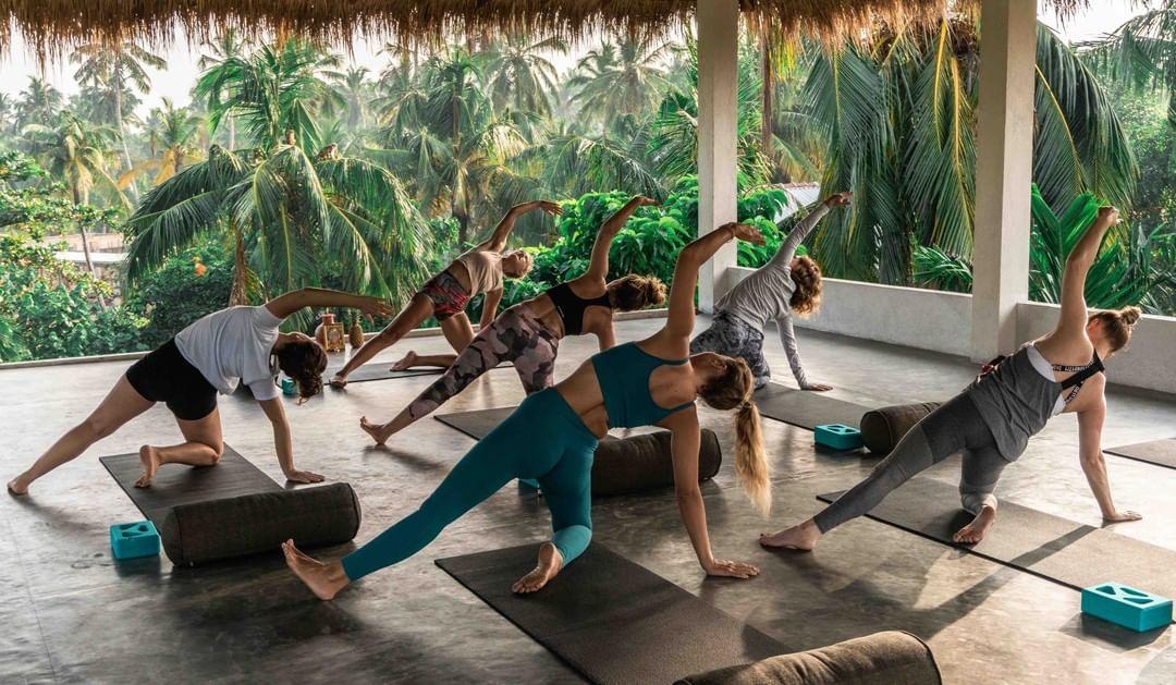 En la imagen, una de las clases de yoga de My Serendipity Retreats. /Foto: Cortesía de My Serendipity Retreats.
