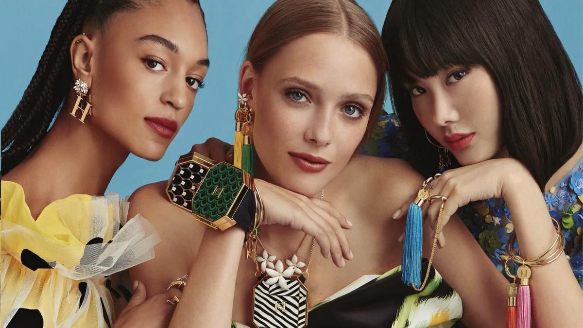 La línea de maquillaje de Carolina Herrera y otros cosméticos personalizables