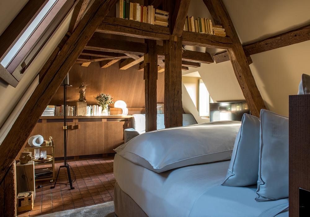 Interior de una de las habitaciones del Cour Des Vosges.