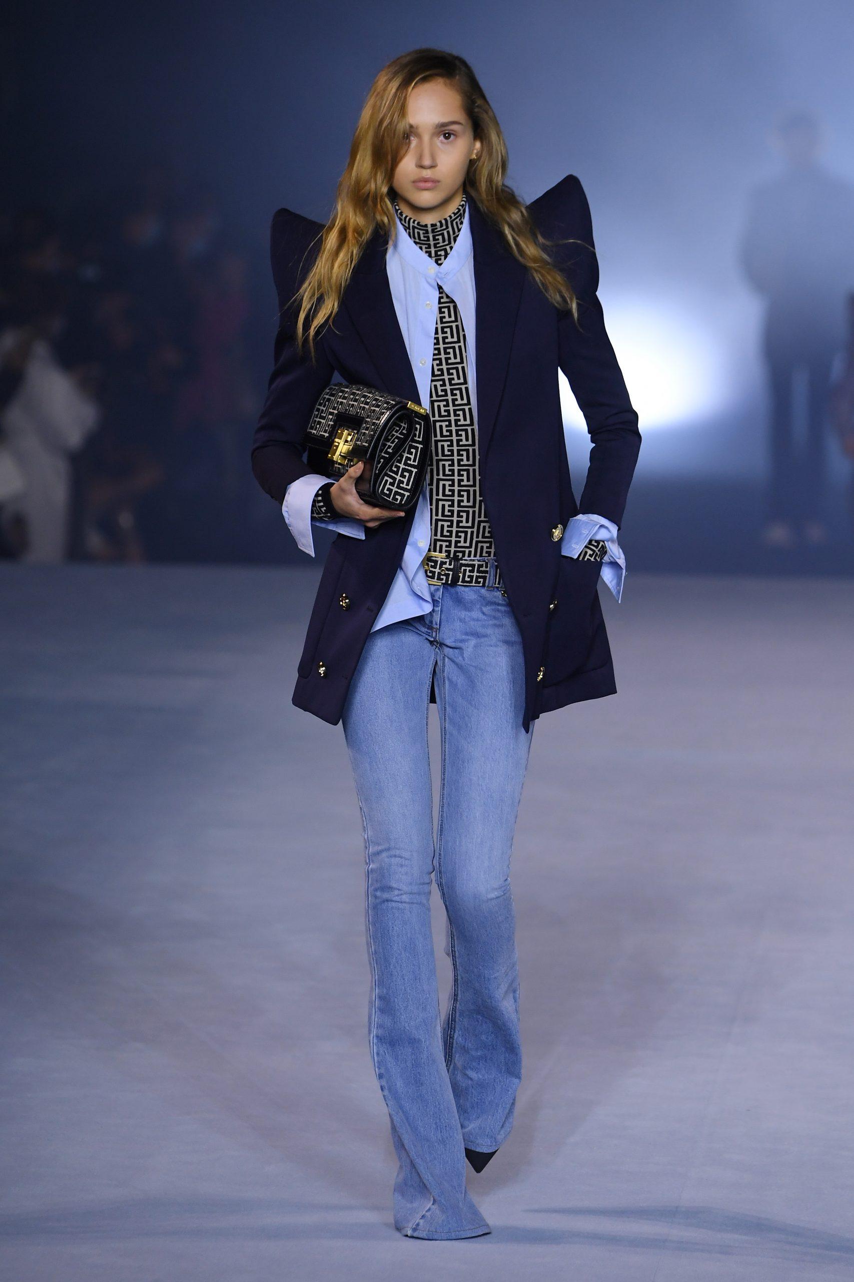 Firmas de moda sostenibilidad: jeans de Balmain