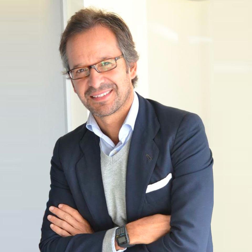 Pablo Cantos, coleccionista y experto