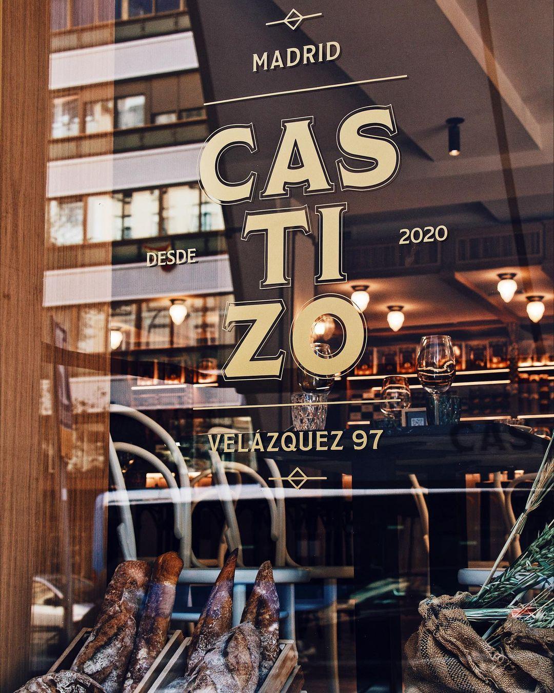 Fachada de Castizo