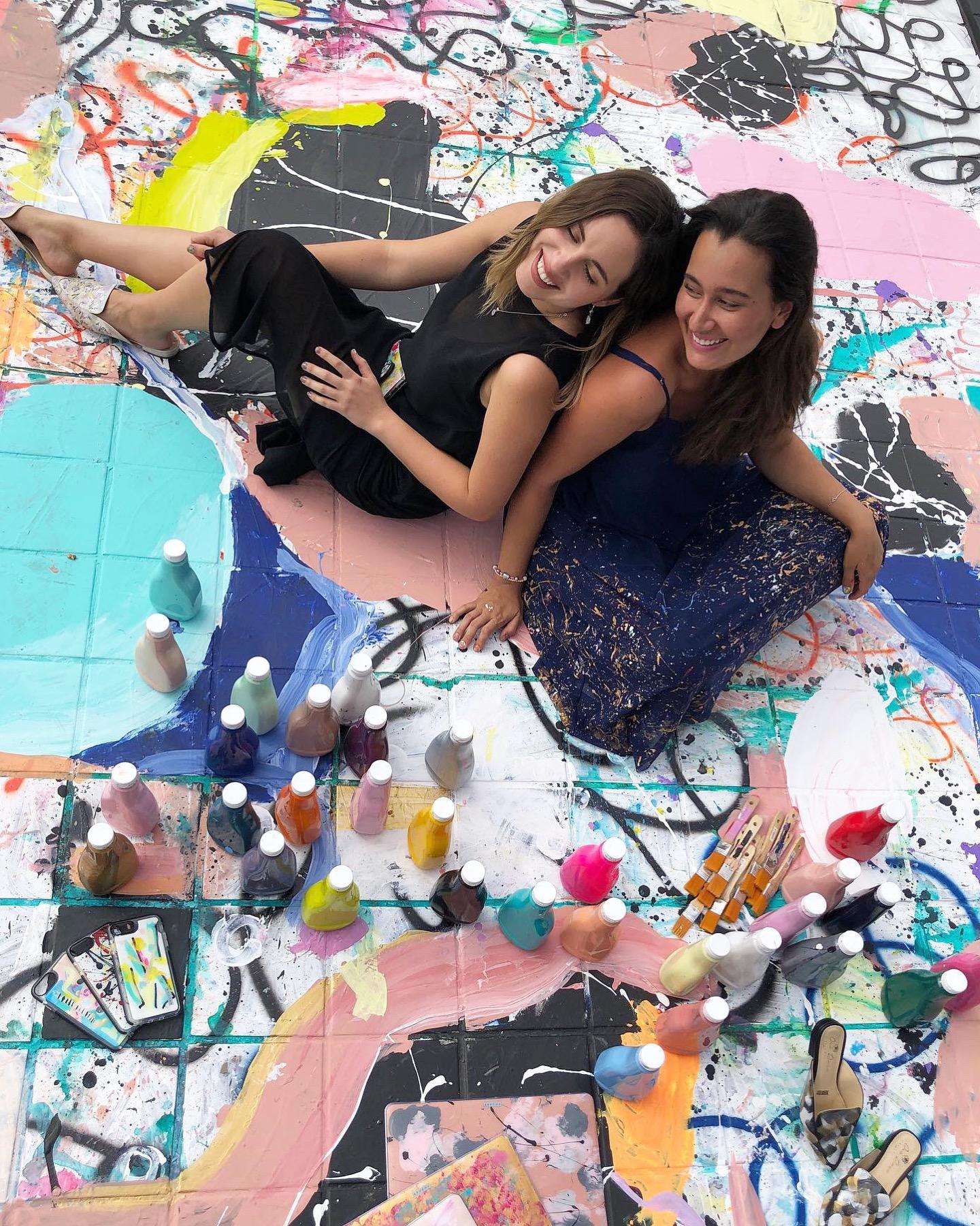 Alejandra y Ana, fundadoras de Brucha