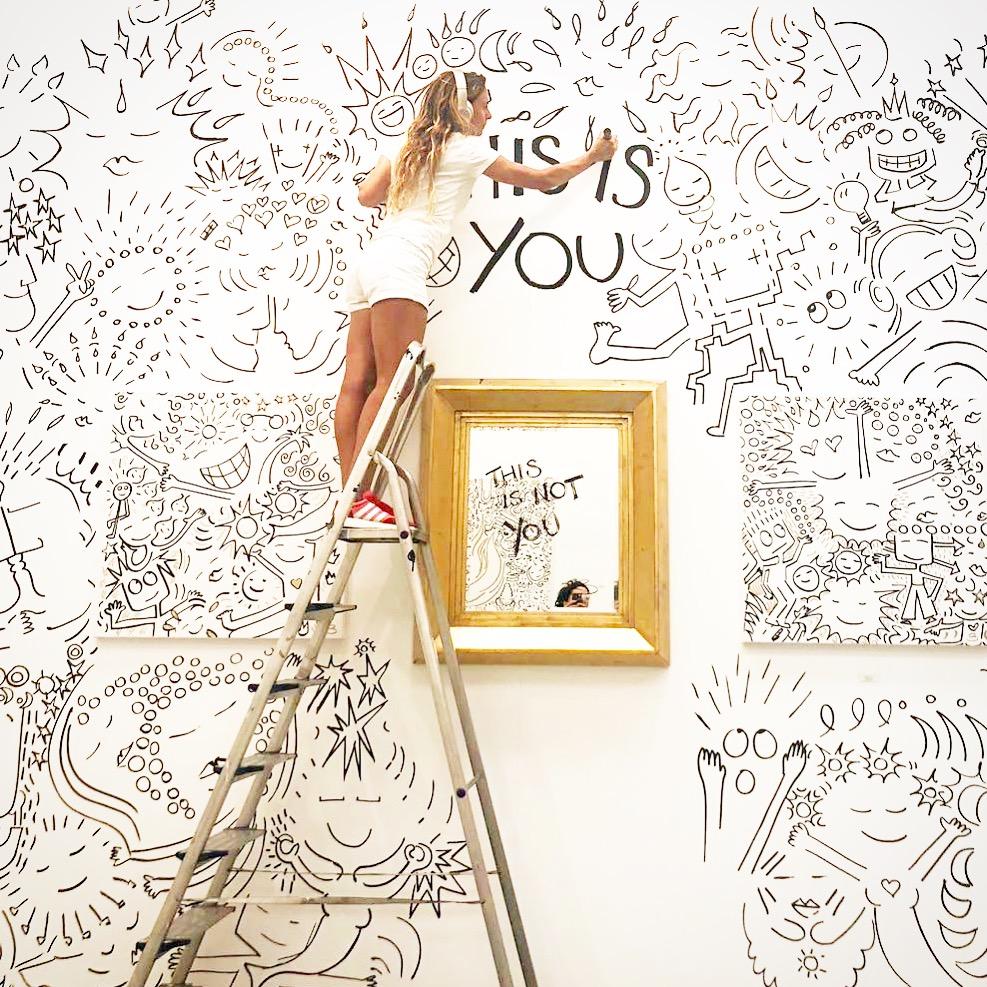 T'HIS IS NOT YOU', mural que hizo para la feria MARBELLA ART/ Foto: Bibiana Domit