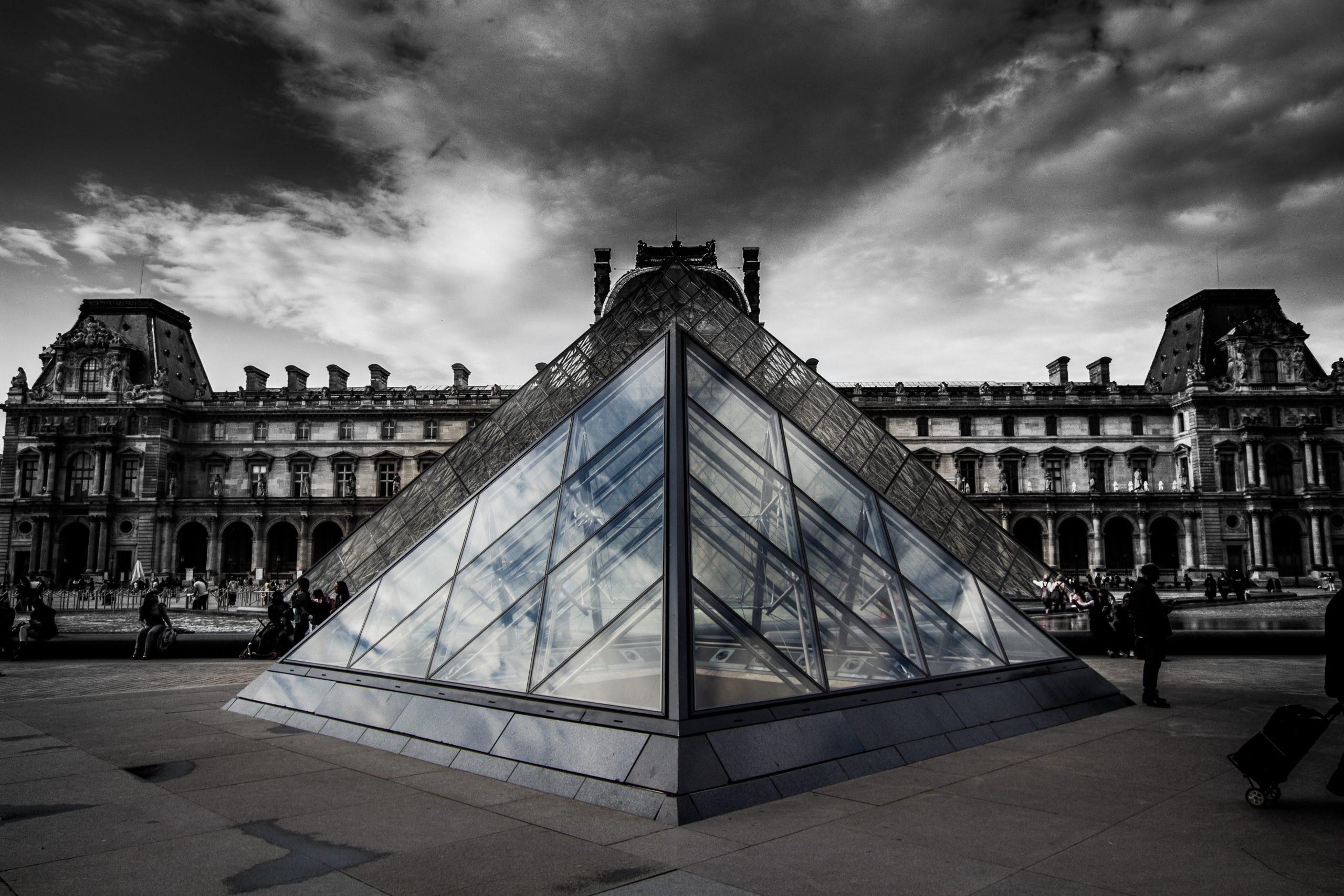 El Museo del Louvre/Foto: Numendil en Unsplash