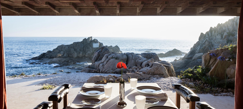 Mesa con el Atlántico de fondo / Foto: Casa de Chà de Boa Nova