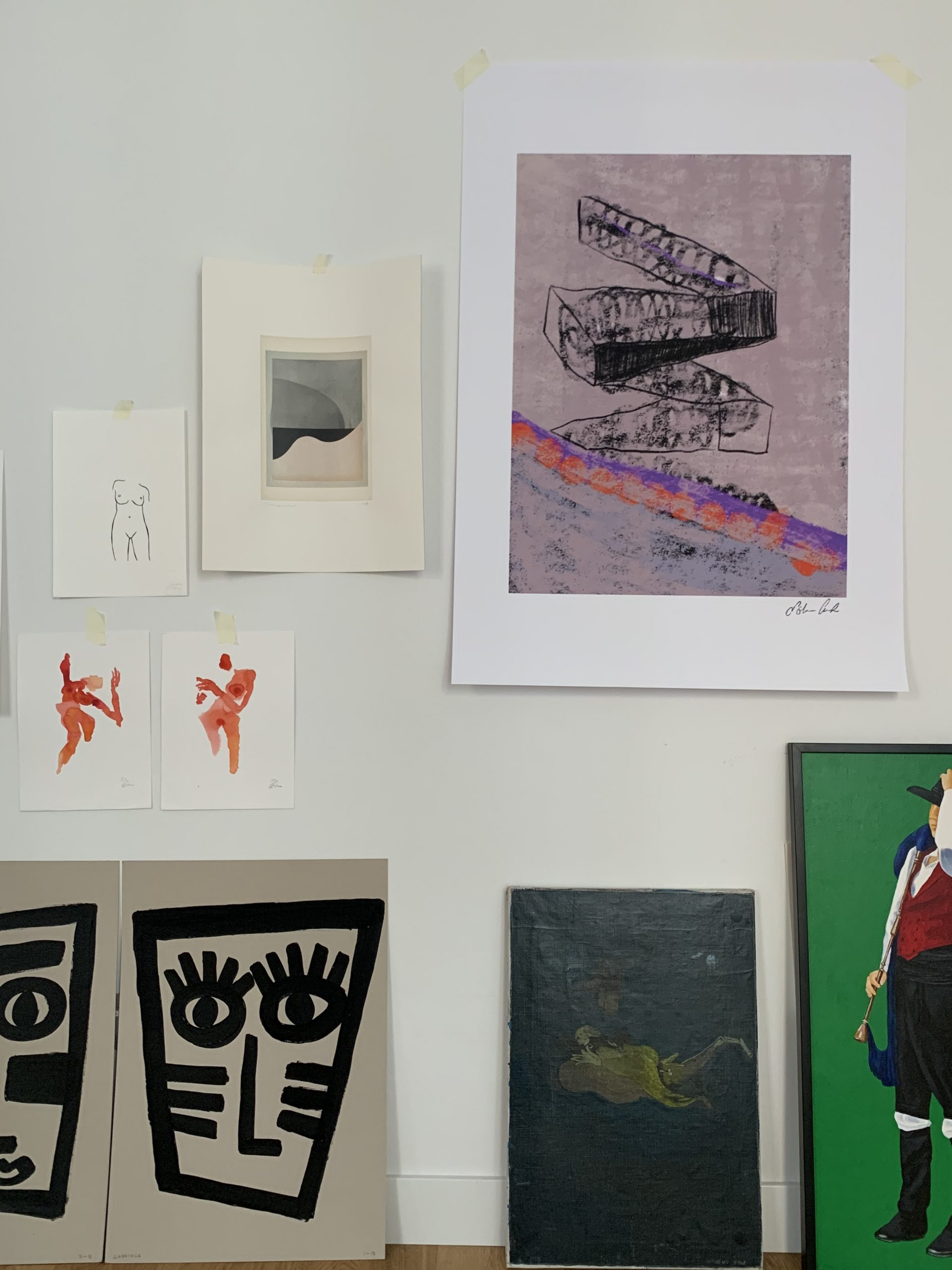 Algunas de las obras que podemos encontrar en Dust and Soul / Foto: Dust and Soul