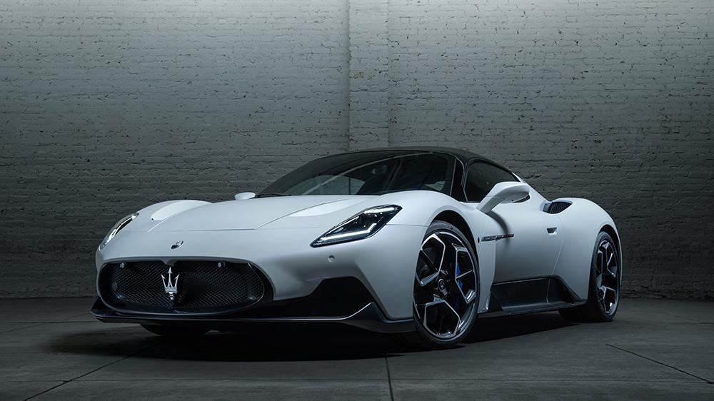 Maserati MC20.