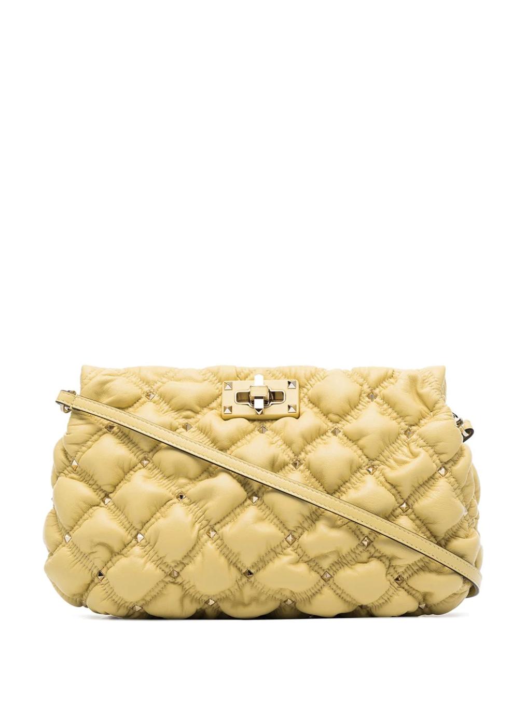 Bolso de mano Spike Me de Valentino / Foto: Farfetch