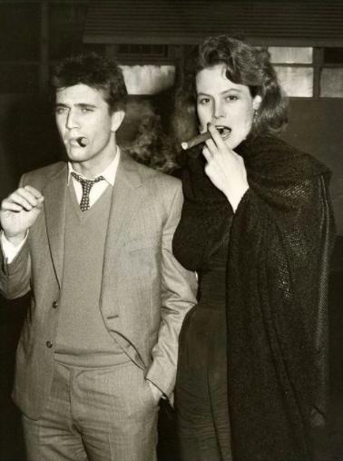 Sigourney Weaver and Mel Gibson. /Foto: @clasicogentleman
