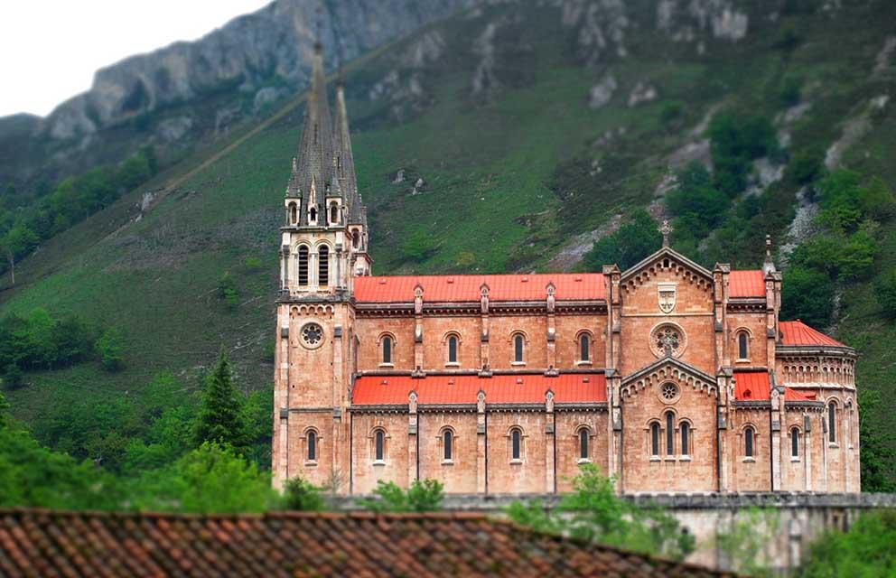 La Basílica de Covadonga / Foto: Real Sitio de Covadonga