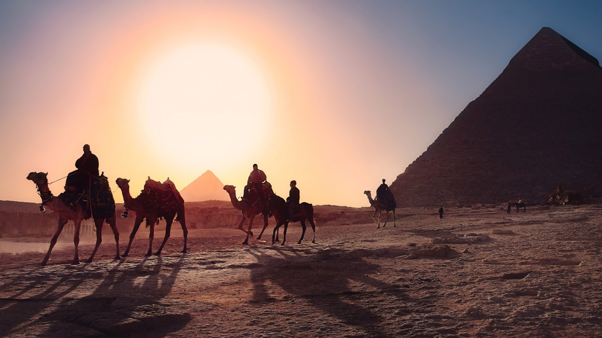 Atardecer en Giza, Egipto / Foto: Unplash