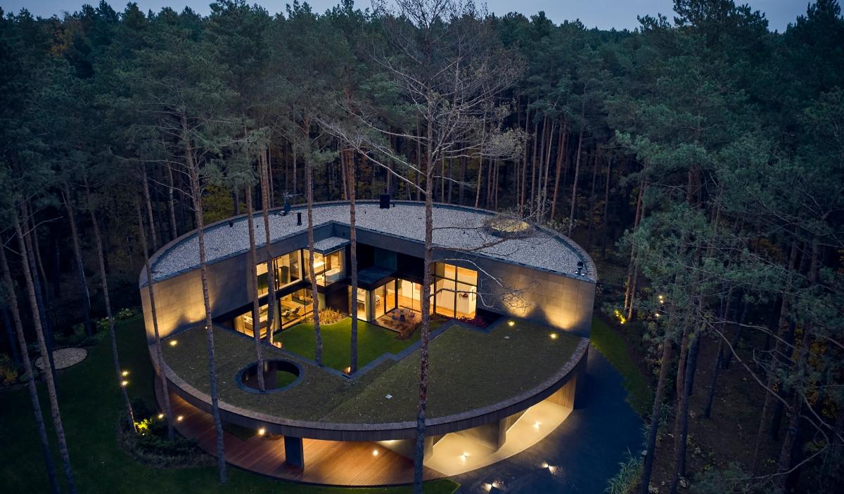 Circle Wood, la casa vanguardista inspirada en el tronco de un árbol