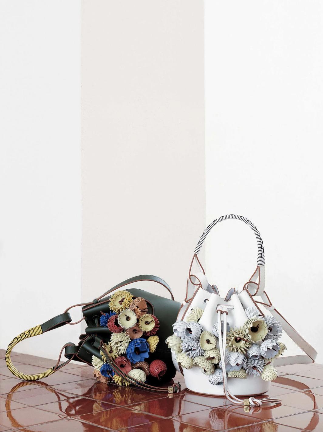 Bolsos de la colaboración / Foto: Loewe