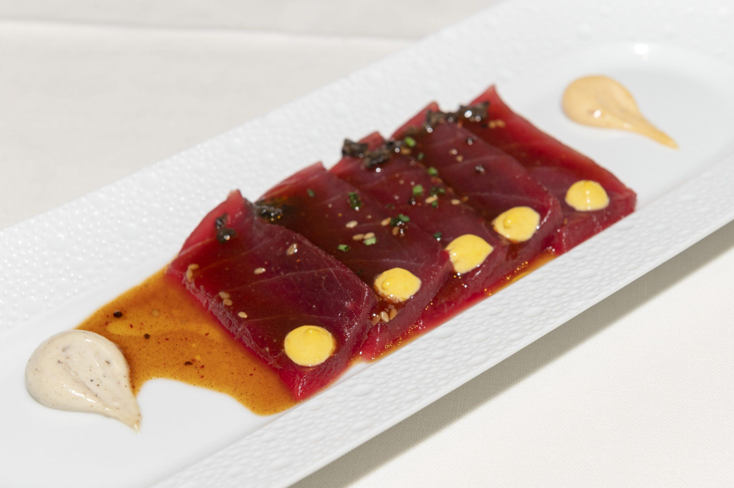 Tiraditos atún rojo premium AKAMI/Foto: Glovo y ARAHY