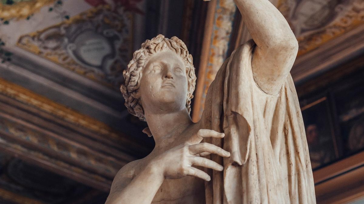 Desentierran un busto del emperador romano Augusto en Italia