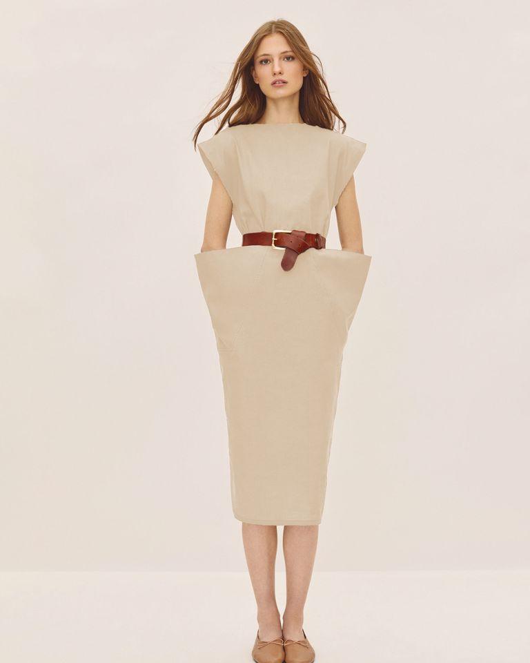 Vestido estructurado / Foto: IQ Collection