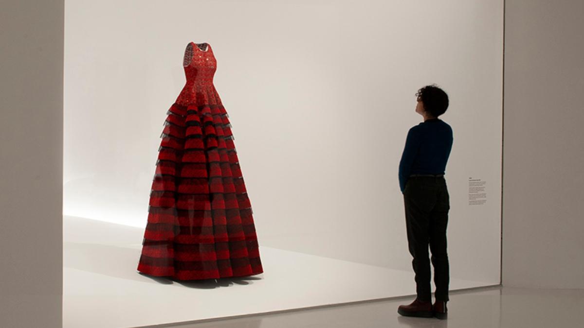La exposición de Alaïa y Balenciaga que no te puedes perder