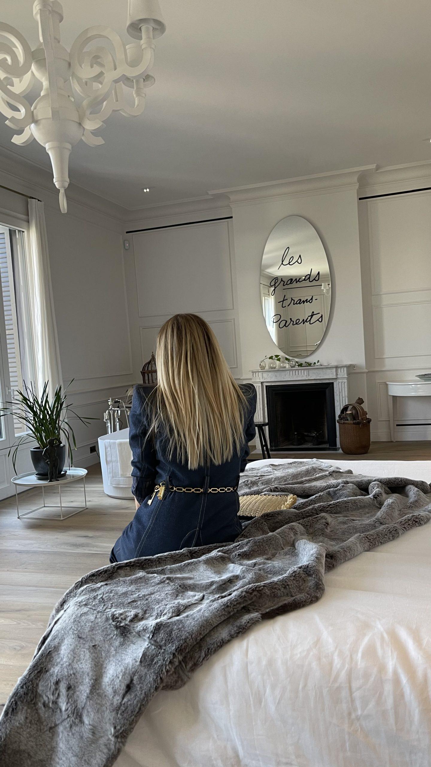 Raquel Oliva en Villa Mayfair