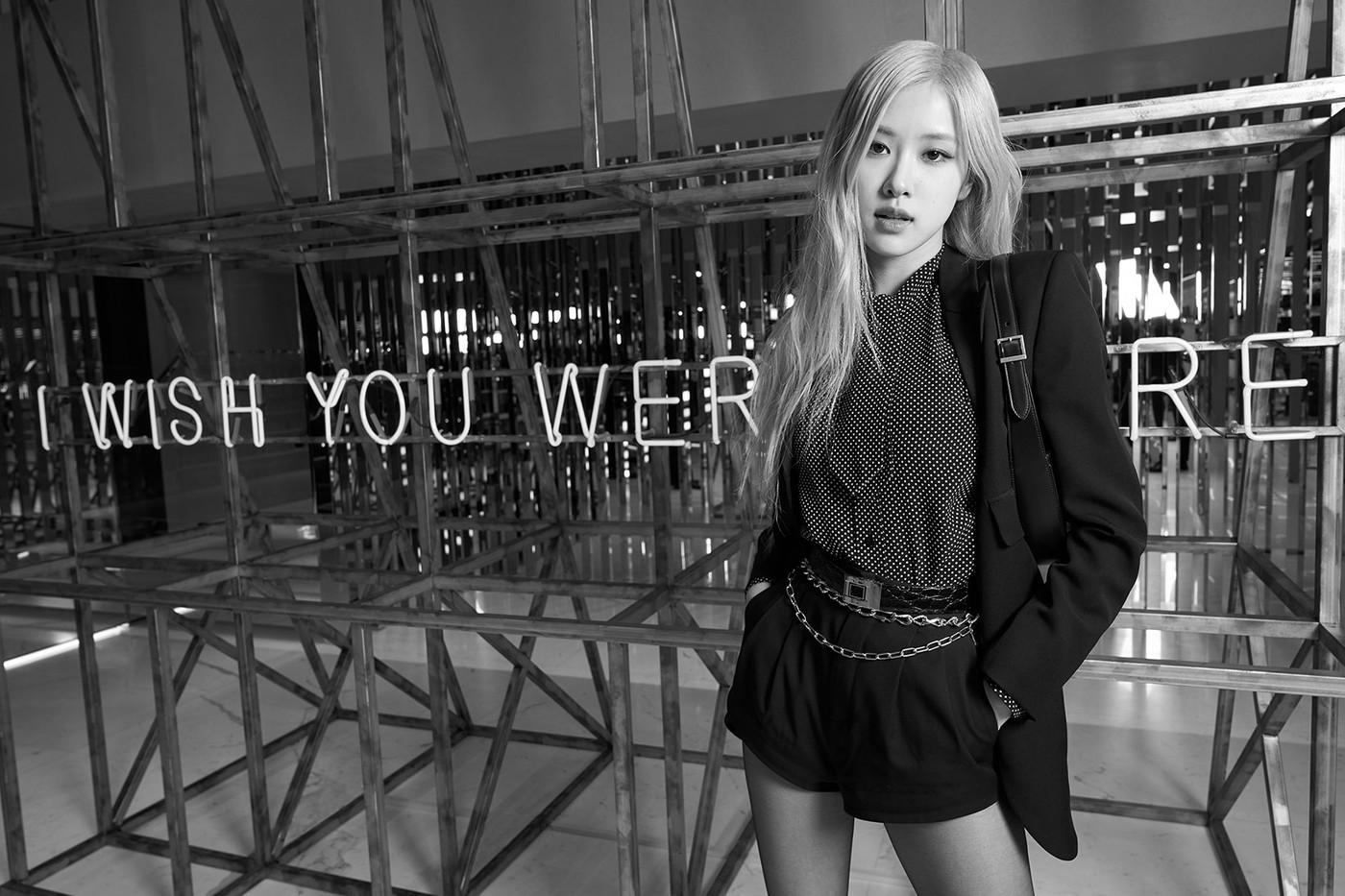 YSL abre su última flagship en Seúl con un mensaje: «Ojalá estuvieras aquí»