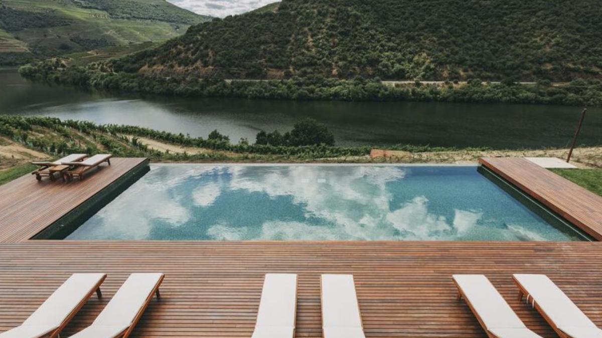 La piscina con vistas al Duero / Foto: Ventozelo