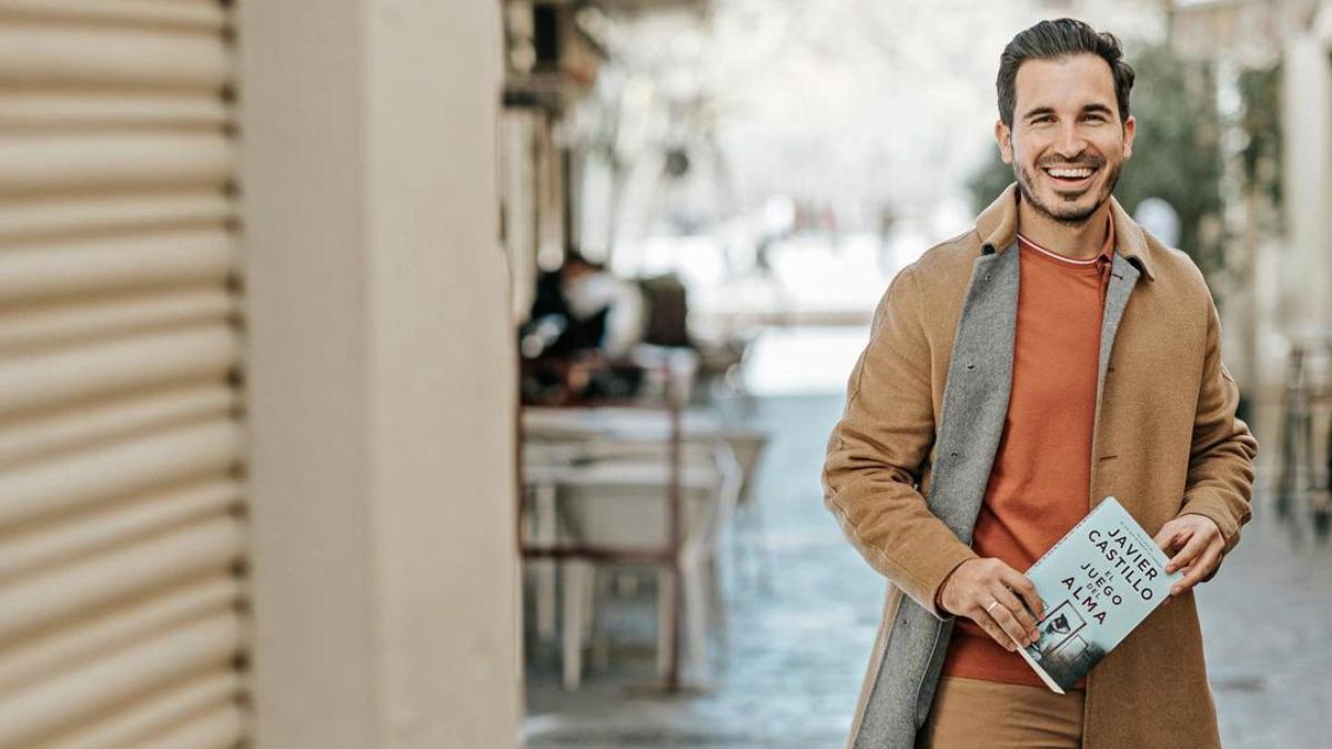 Charlamos con Javier Castillo, el Stephen King español que triunfa en Times Square