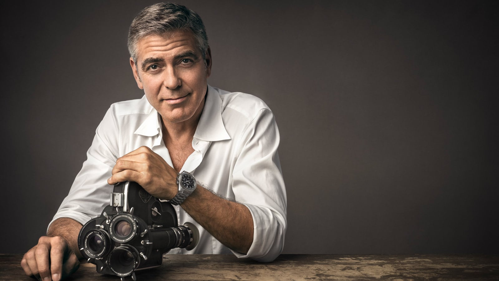 George Cloony y Omega