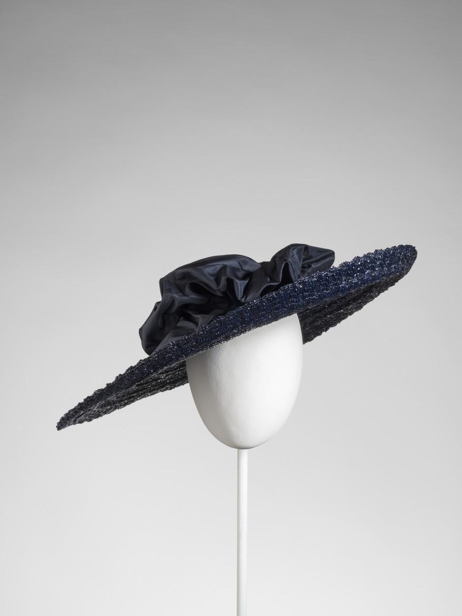 Uno de los sombreros de la exposición / Foto: Balenciaga