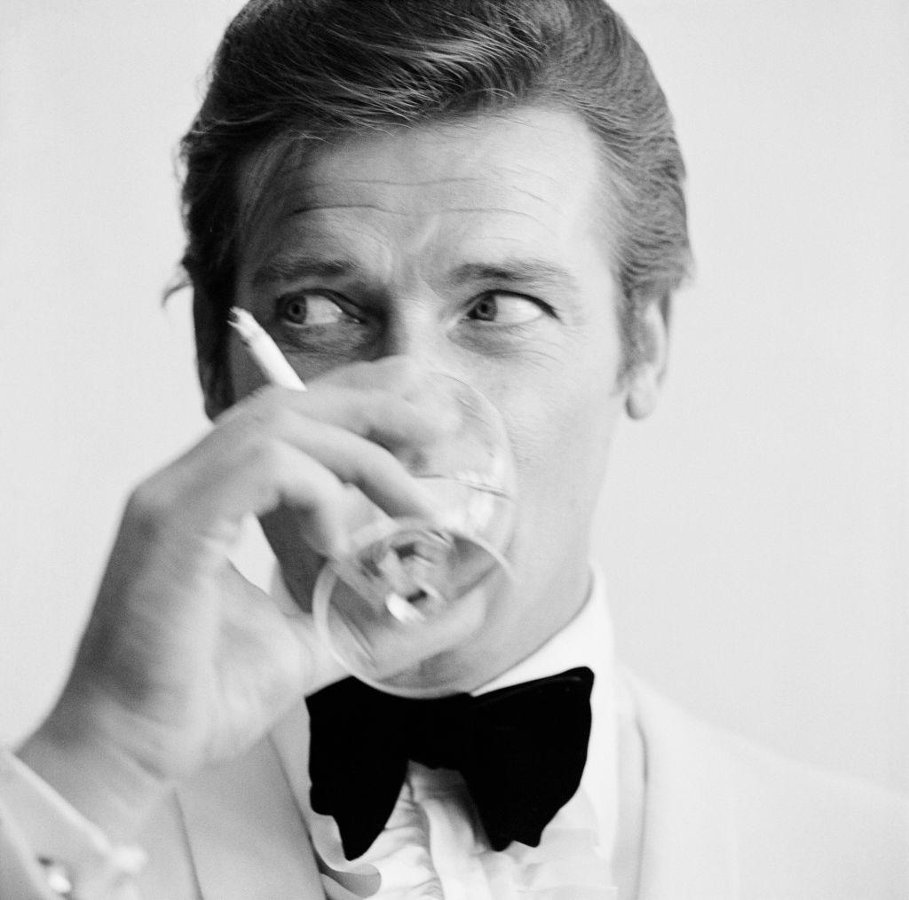 El actor Roger Moore
