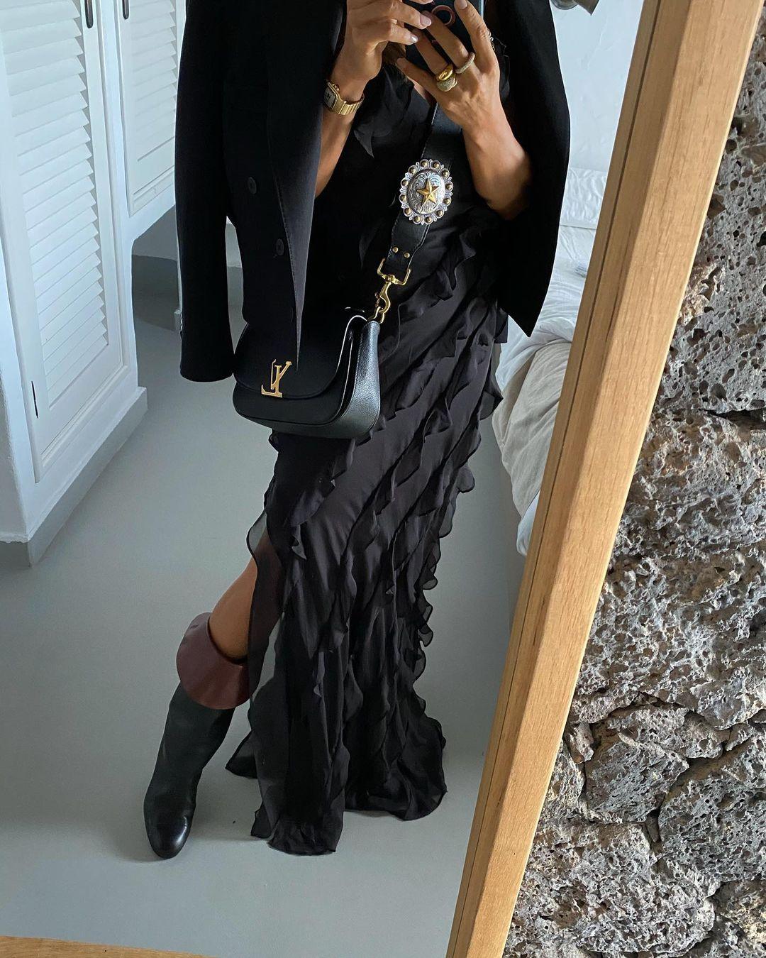 Paula con vestido negro / Foto: @paulaordovas
