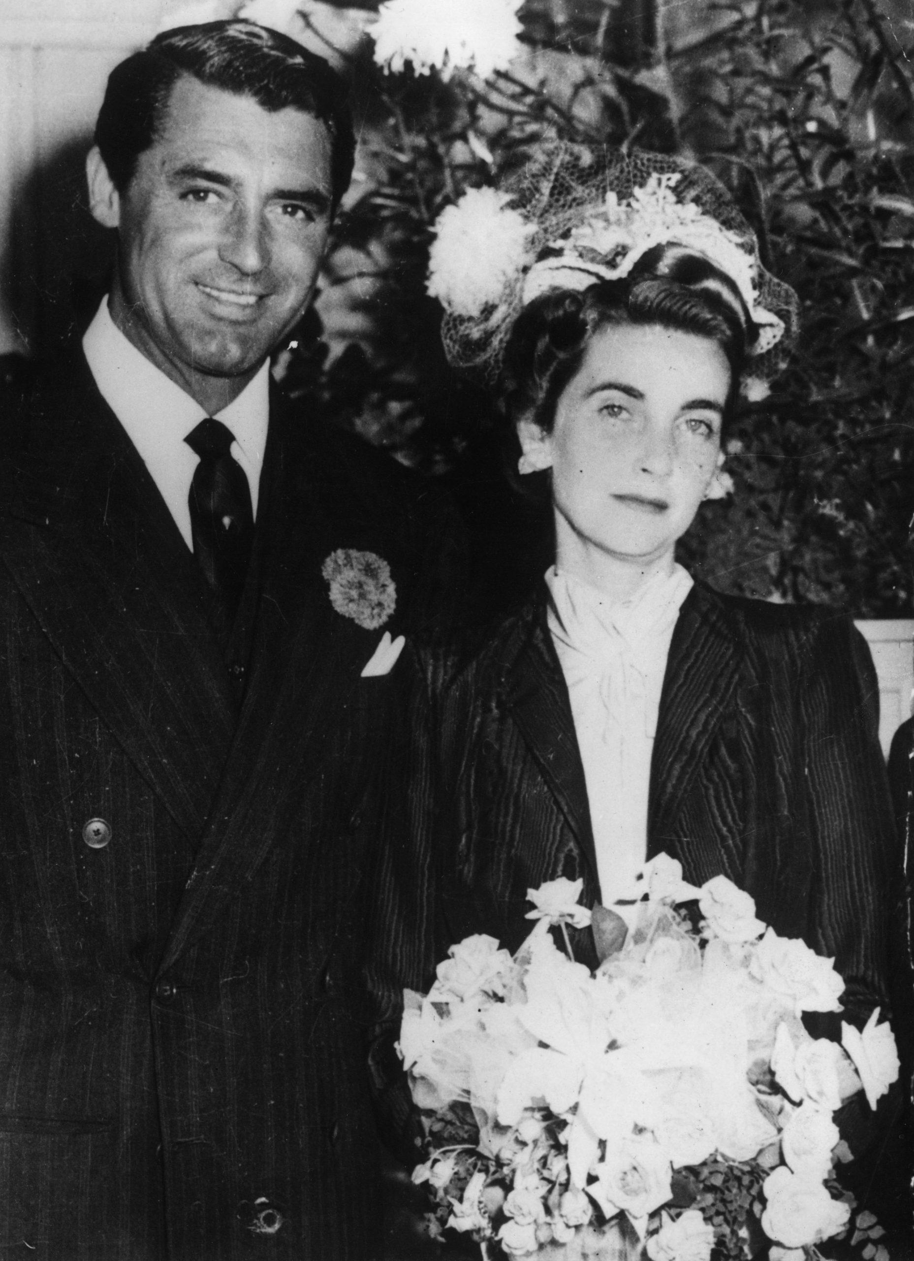 Cary Grant junto a su mujer Barbara Hutton. Ella se casó siete veces, Cary era su tercer marido. / Foto: Getty Images