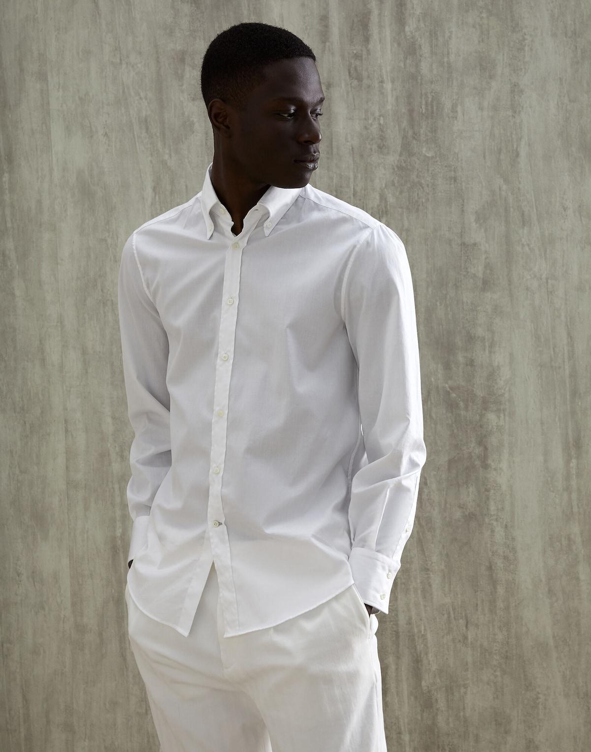 Camisa blanca / Foto: Brunello Cucinelli