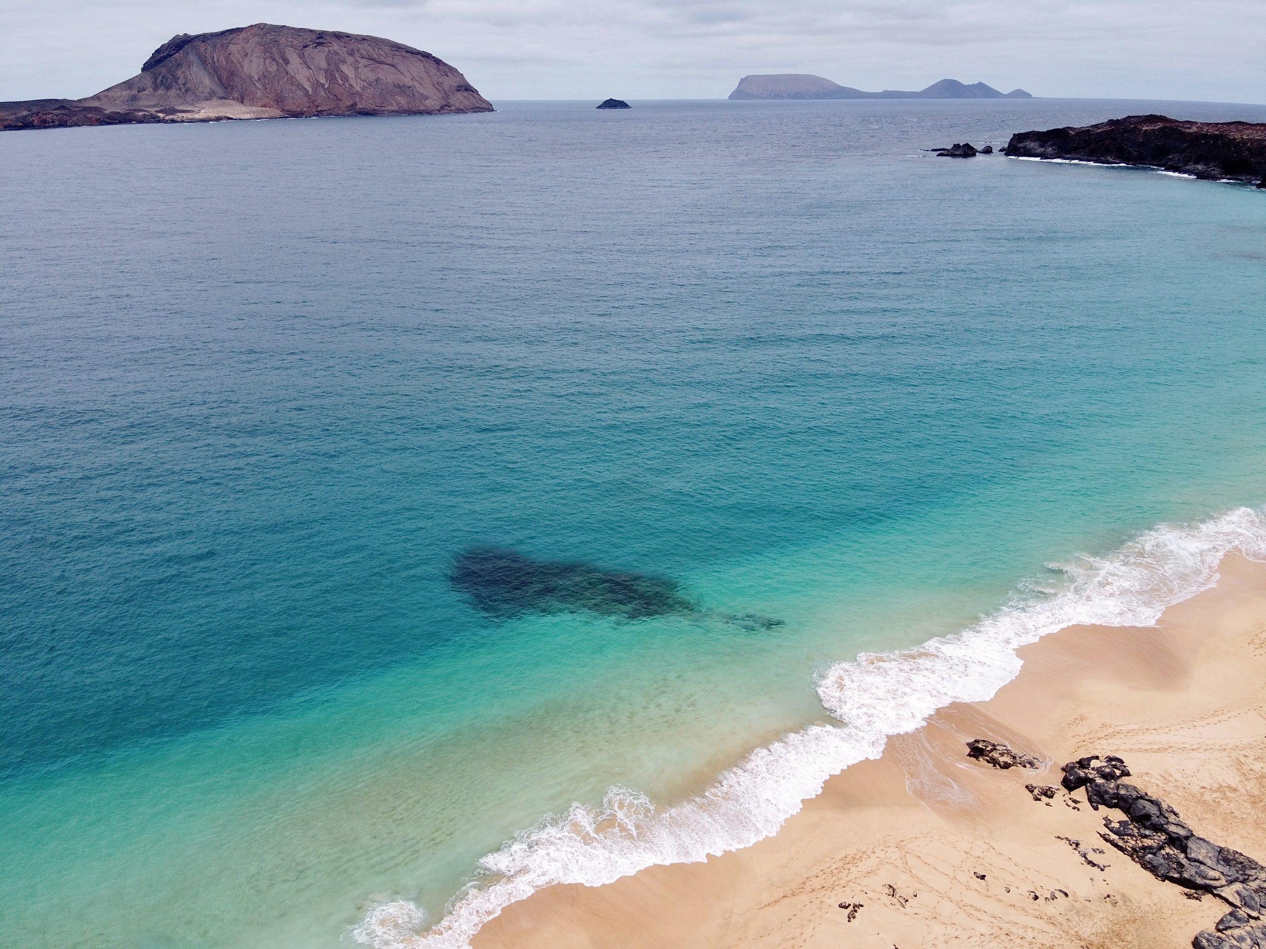 Playa de Las Conchas, La Graciosa, Lanzarote./Foto: Unsplash