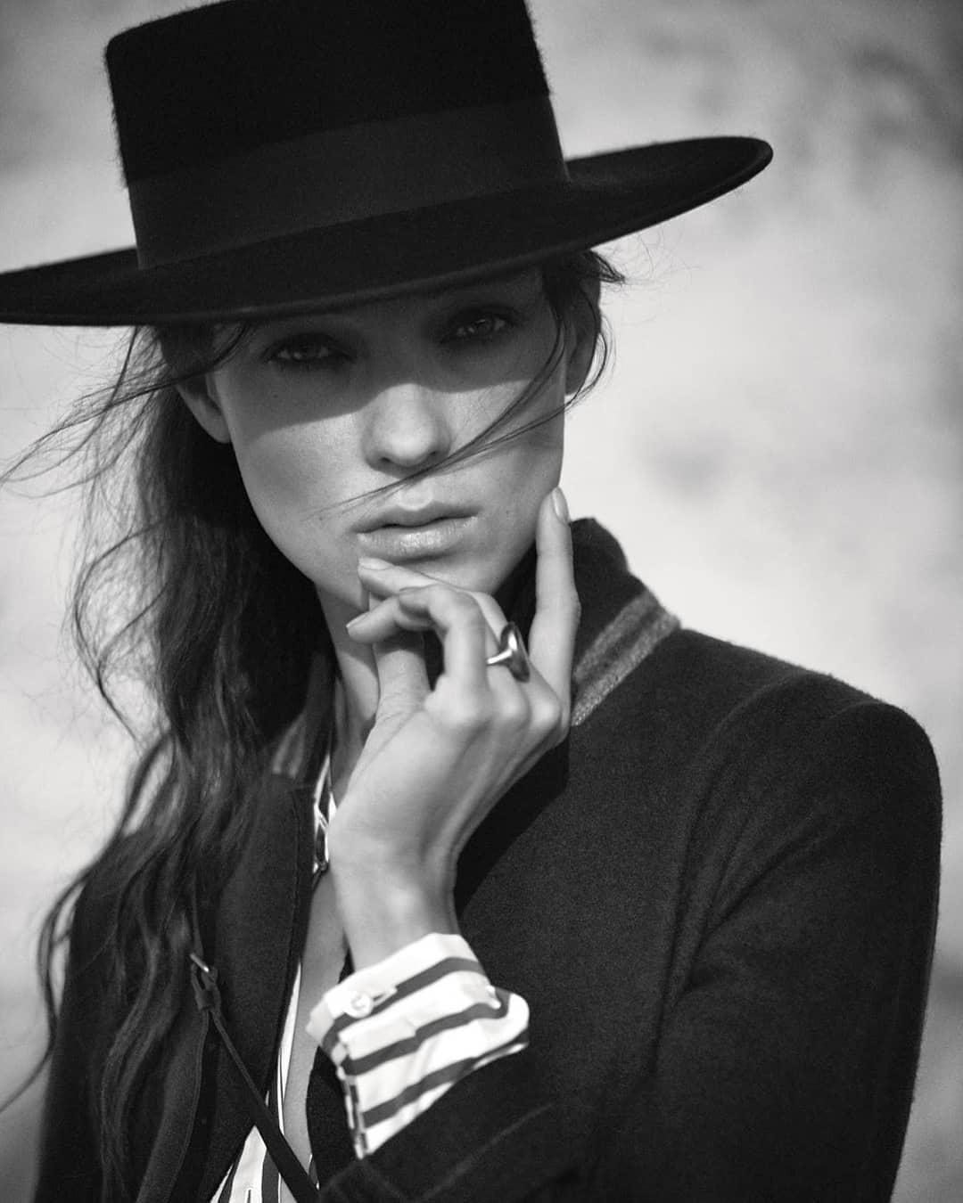 Kati Nescher sombrero