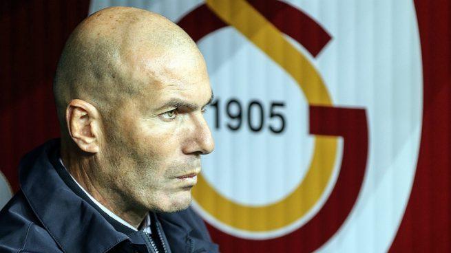 Zidane, durante el Galatasaray - Real Madrid (Getty).