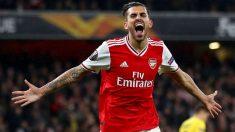 Dani Ceballos celebra un gol con el Arsenal esta temporada. (Getty)