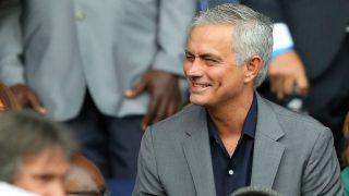 José Mourinho, durante un partido. (Getty)