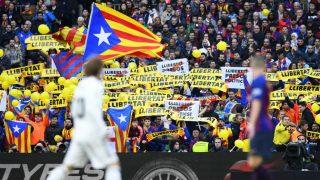 Imagen del Camp Nou durante un Barcelona – Real Madrid. (AFP)
