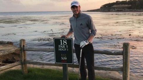 Gareth Bale, disfrutando de un día jugando al golf. (@garethbale11)
