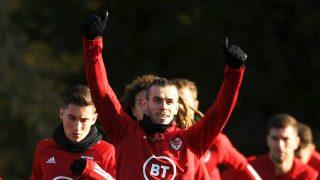 Gareth Bale se entrena con Gales (Getty).