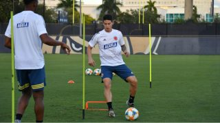 James Rodríguez durante el entrenamiento de Colombia en Miami. (Foto: fcf.com)