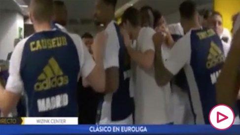 La-arenga-del-doctor-del-Real-Madrid-antes-del-Clásico